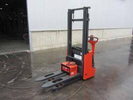 Linde L12 Standart цена €  - 1069725741