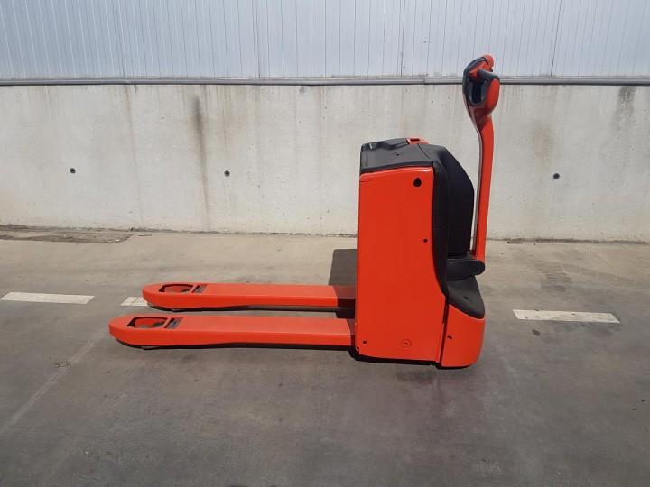 Linde T16  цена € 195.00 - 1358432508