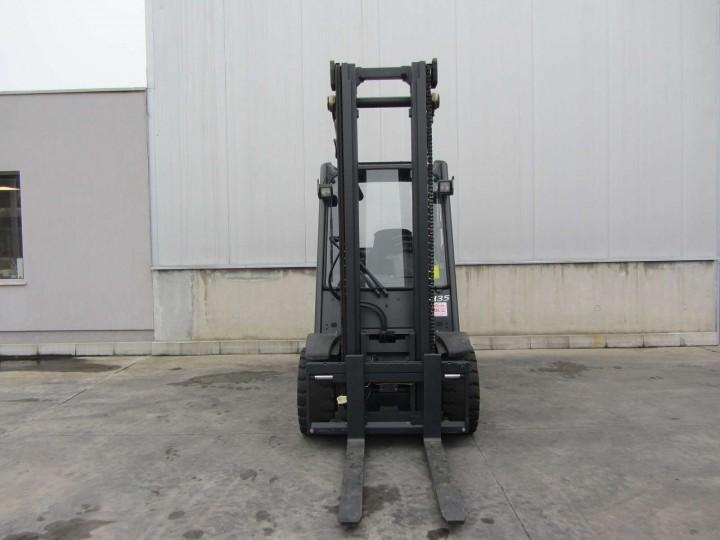 H35D Standart цена €  - 1348146964