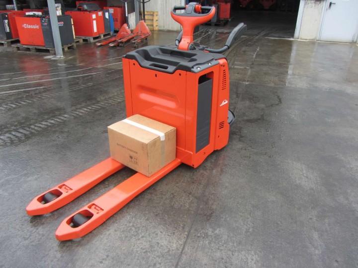 Електрическа количка Linde T20AP  цена € 3,324.00 21747598
