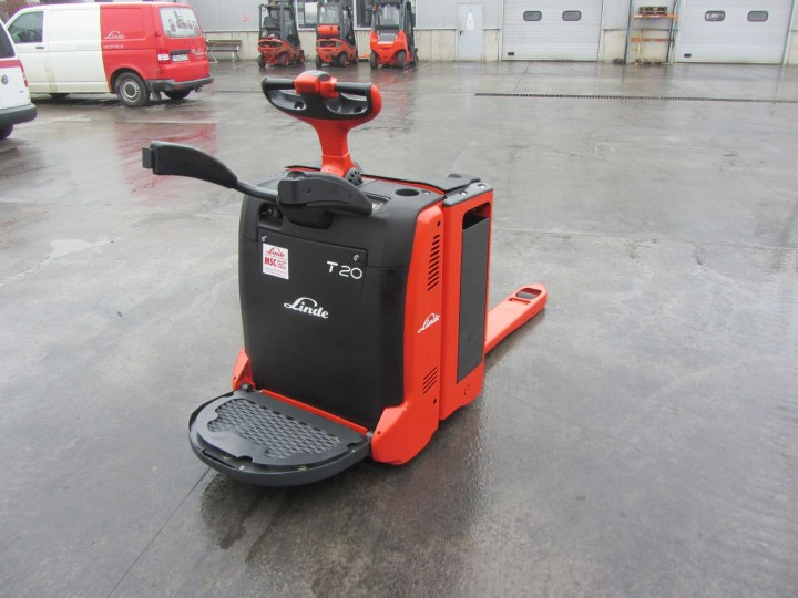 Електрическа количка Linde T20AP  цена € 3,324.00 1730882647