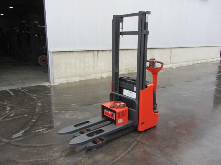 Linde L12 Standart цена €  - 1462571697