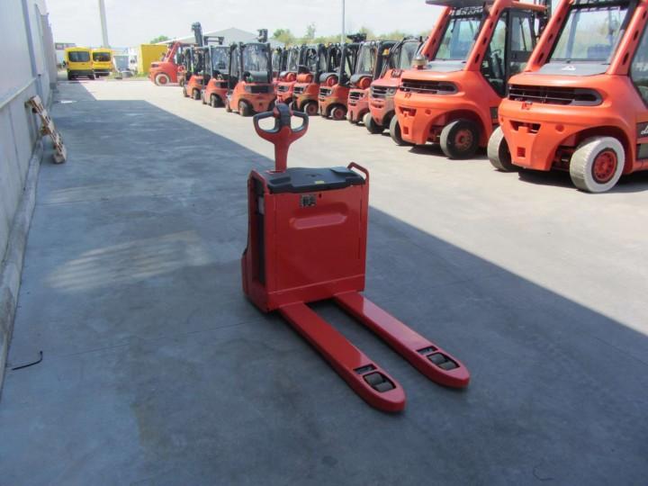 Електрическа количка Linde T16  цена € 2,915.00 231626603