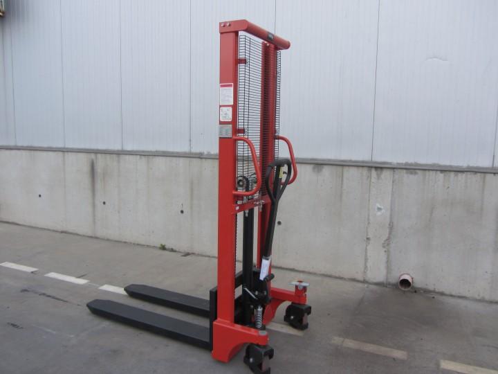 Ръчен стакер Crane  цена €  - 314641111
