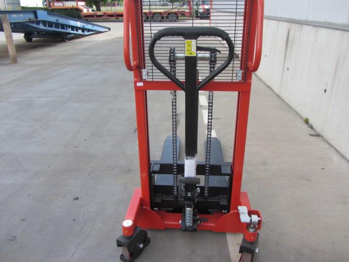 Ръчен стакер Crane  цена €  - 1852919015
