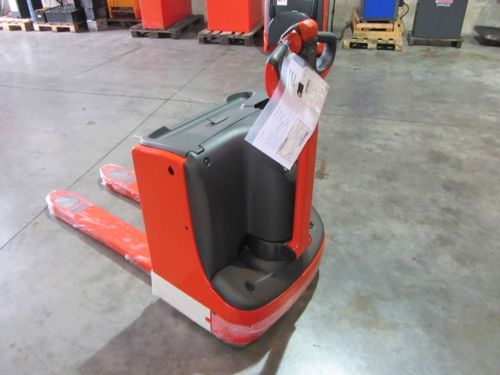 Електрическа количка Linde T16  цена € 5,261.00 868798105