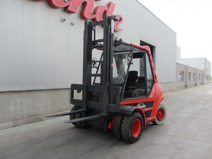 Linde H70D Standart цена € 25,053.00 - 1685602257