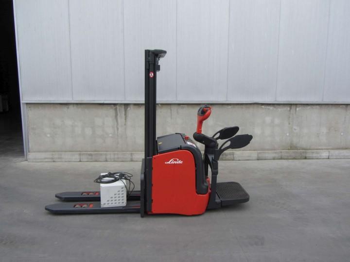 Стакер Linde L14АР Duplex цена € 4,500.00 429732082