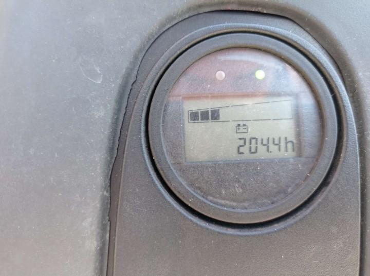 L10  цена €  - 679425323