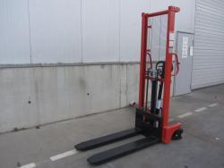 Ръчен стакер Crane  цена €  - 1524018141